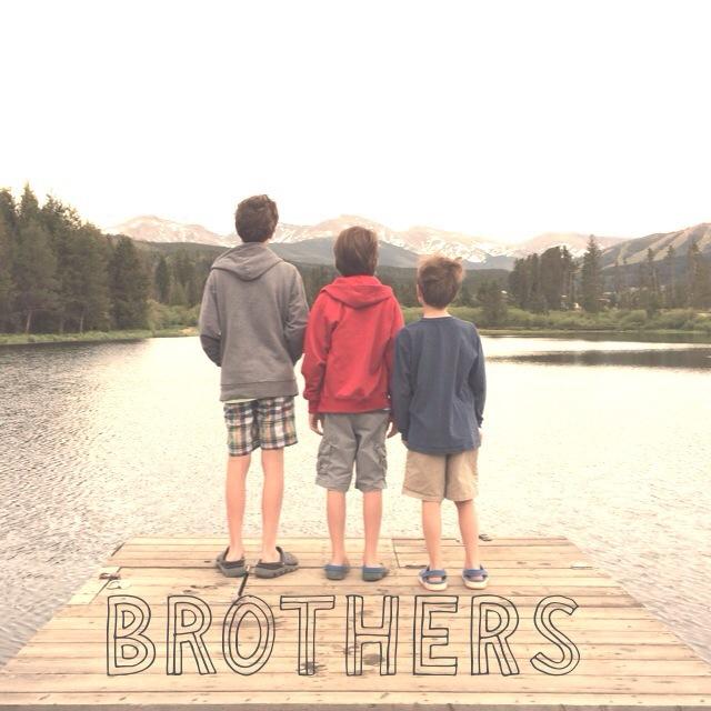 Studio App - Brothers picture - momsonstudio