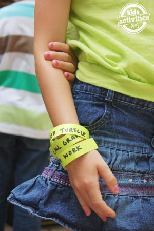to-do bracelets for kids to remember their chores