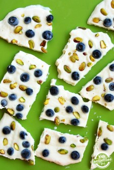 How to Make Yogurt Bars