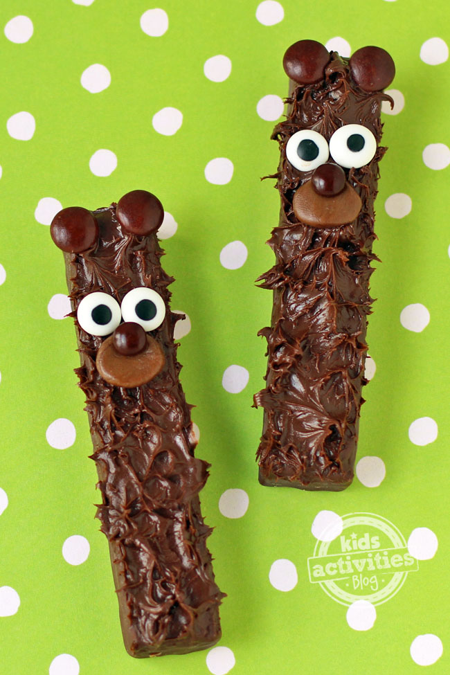Chocolate-fudge-stick-bears