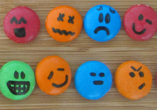Colored M&M emoticons