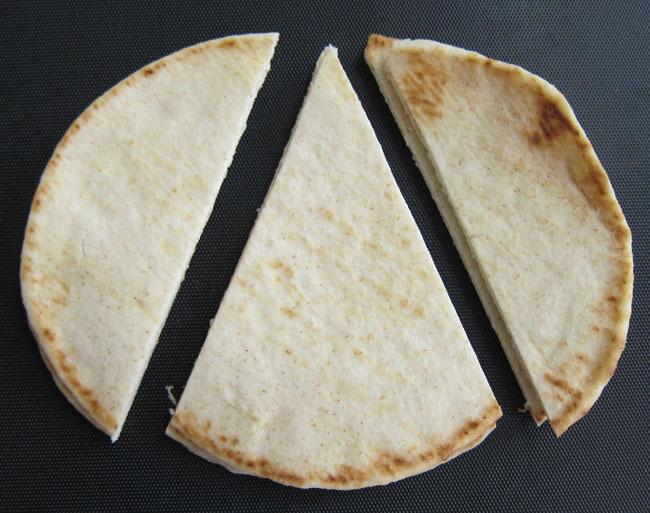 cut bread for birthday party hat sandwich