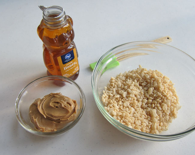 peanut butter and honey cereal treat