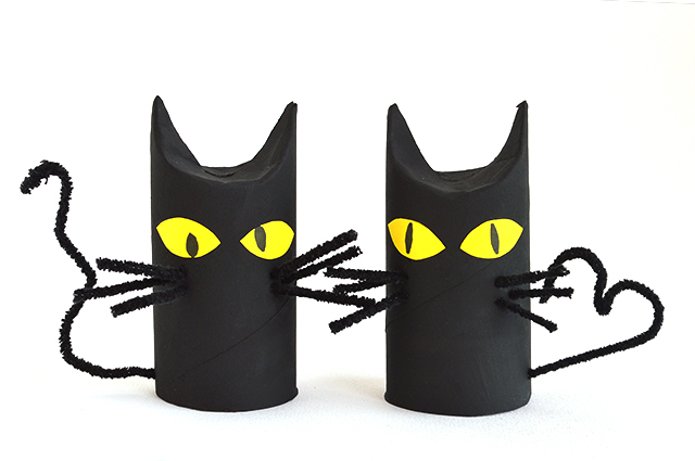 toilet roll cats halloween