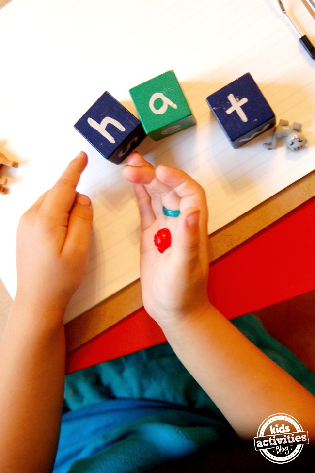 help your child learn to read with phonics blocks