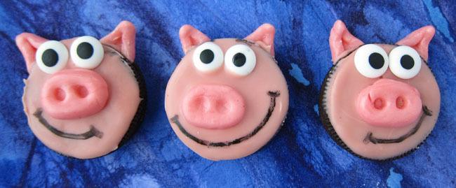 3-Little-Oreo-Pigs
