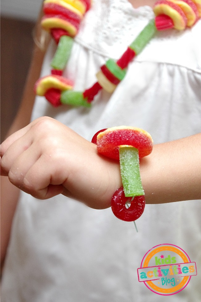 diy candy jewelry necklaces