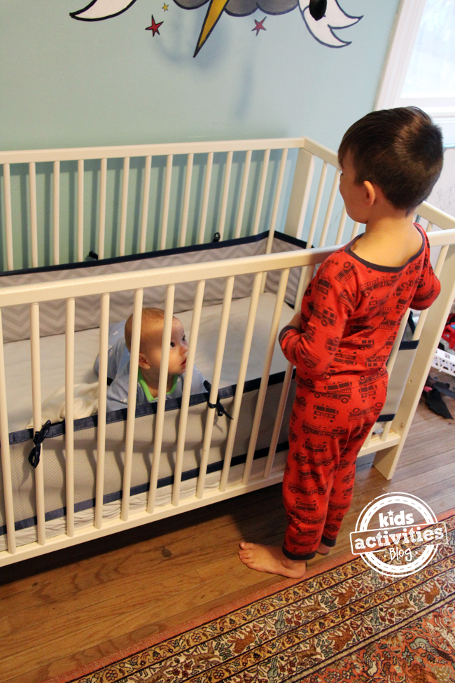 10 room sharing tips for baby and a big kid kids for Bedroom ideas for siblings sharing