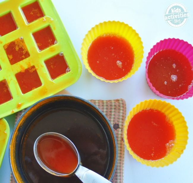 these veggie gummies are super easy to make