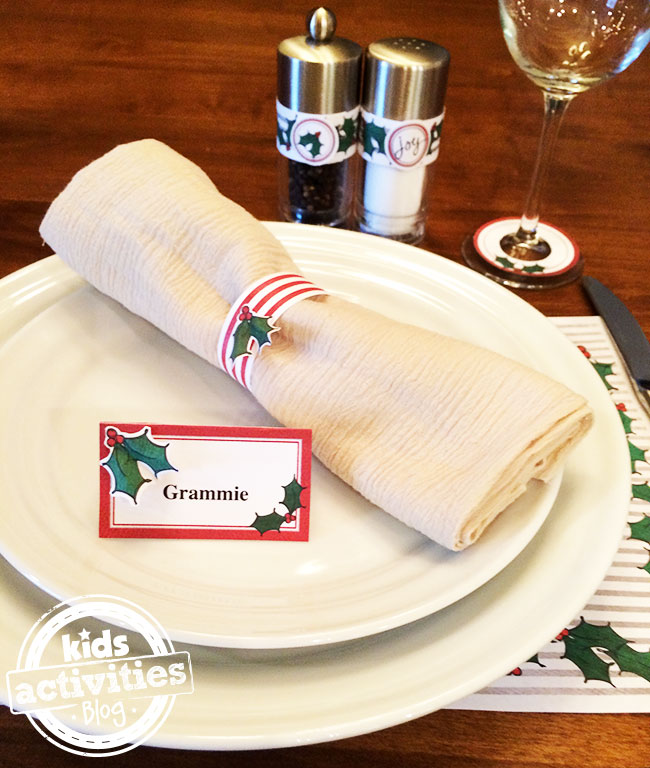 Entire Christmas Place Setting you can make yourself