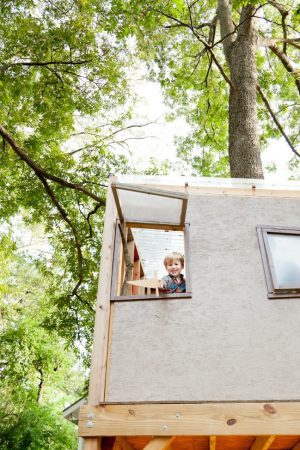 25 Extreme Tree Houses for Kids
