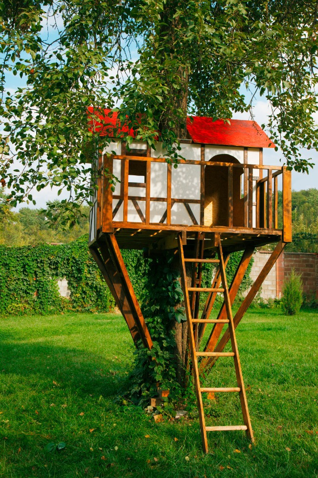 Red Roof Tree House - Kids Activities Blog