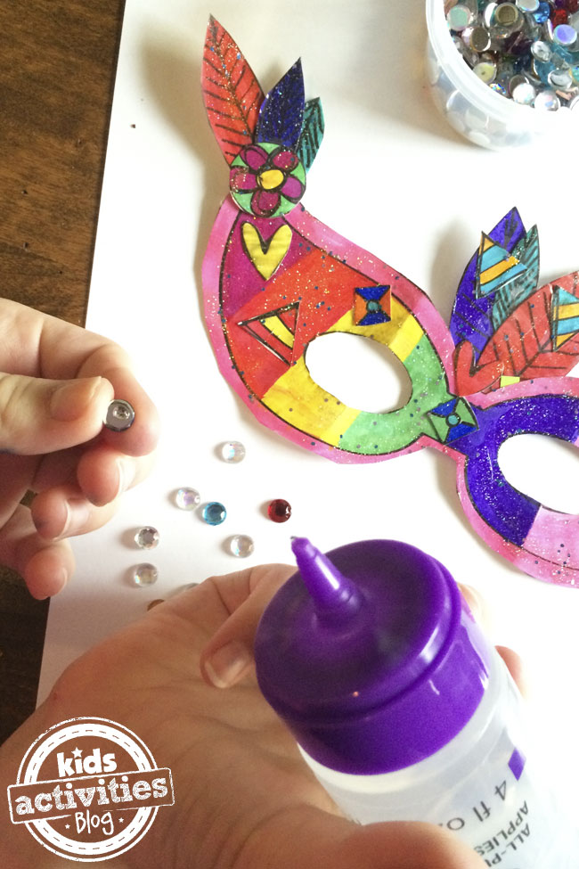 Decorate your own Mardi Gras Mask