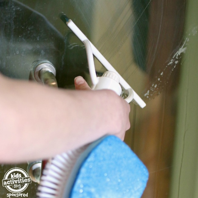 Shower Shimmy squeegee - Kids Activities Blog