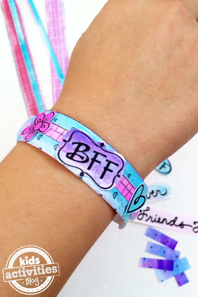 Make your own BFF bracelet with free printable kit