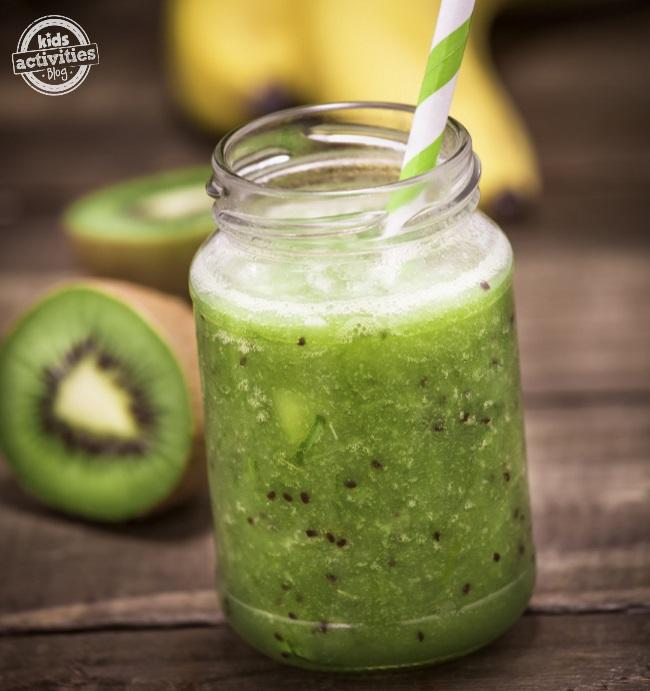 kiwi smoothie square