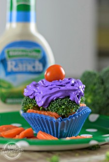 Make Broccoli Cupcakes With Ranch Dip Frosting {And A Giveaway!}