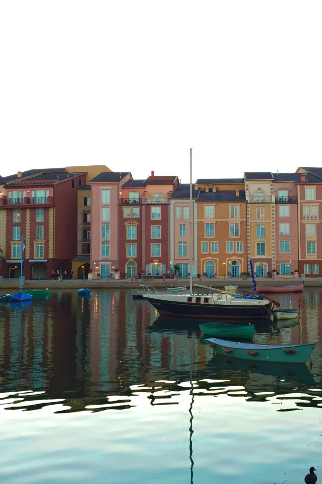 staying at loews portofino bay at universal studios orlando florida
