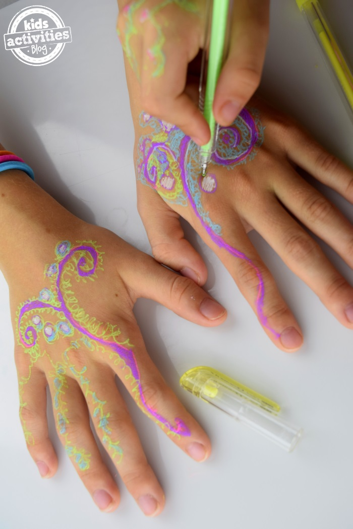 Henna Hands With Gel Pens