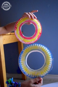 How to Make a Paper Plate Frisbee