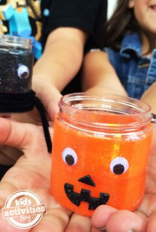 Fun Halloween Crafts for Kids – kits from Kiwi Crate