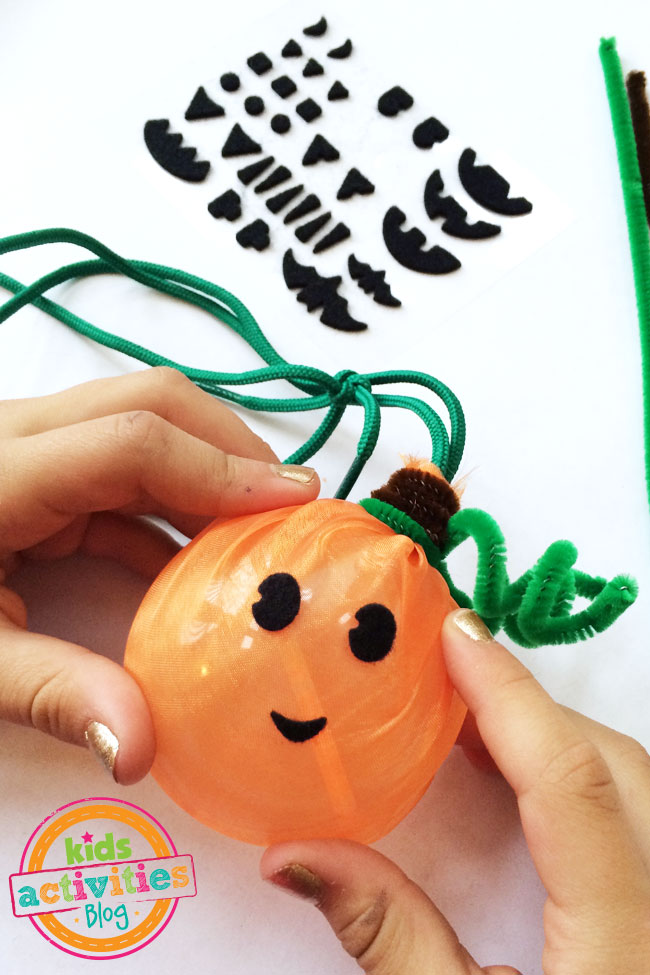 Cute glowing Halloween pumpkin craft for kids