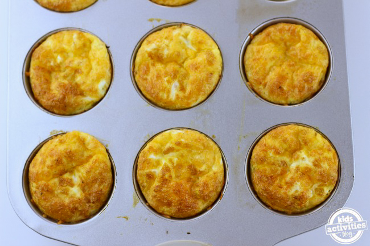 Breakfast Omelet Bites