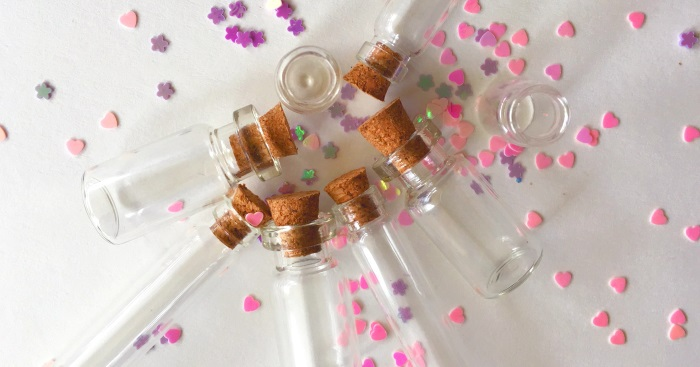 Bottled Fairy Dust Necklace: A Tween Craft Idea