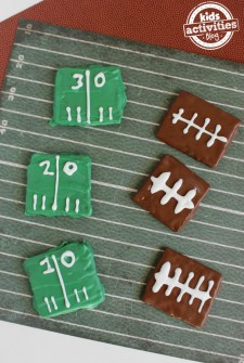 Football Party Graham Crackers