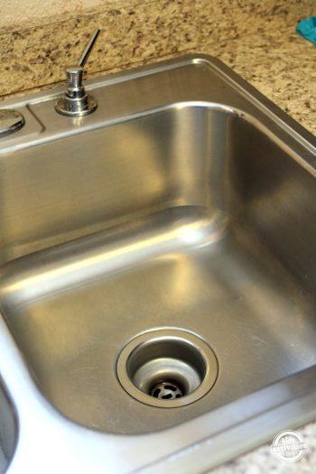Kitchen Sink Scrub