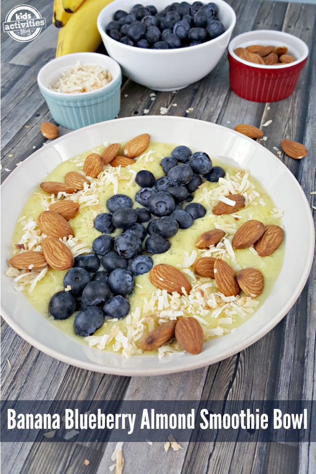 I love the crunch from the almonds and coconut, and the burst of flavor from the fresh blueberries in this Banana Blueberry Almond Smoothie Bowl