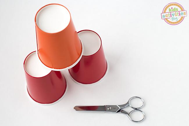 Paper Cup Party Spinners - Facile à faire et amusant aussi!