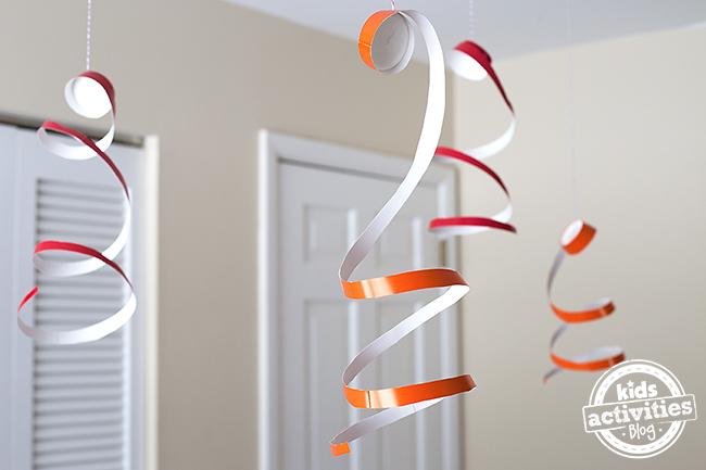 Spinners de fête de tasse de papier