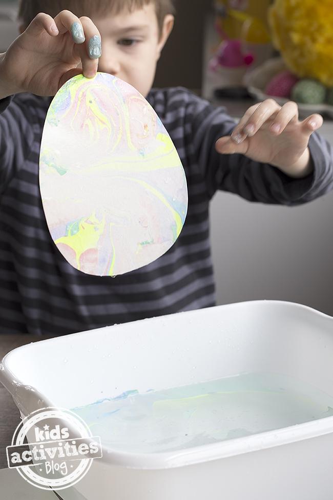 Marbled Easter Egg Art