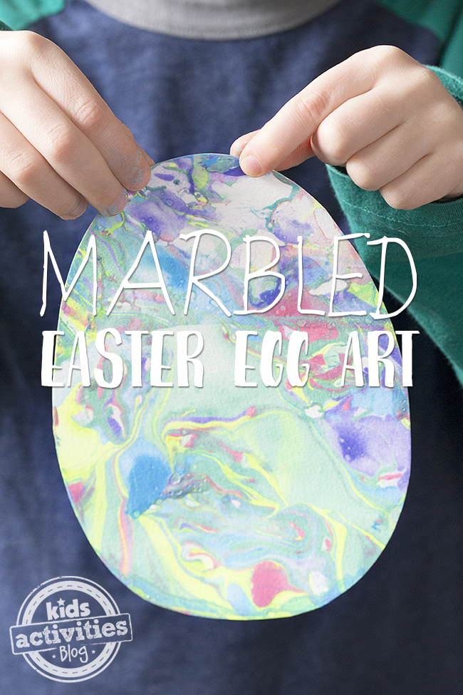 Marbled Easter Egg Art is so beautiful and fun for kids to try!