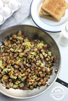 One-Pan Breakfast Potatoes & Eggs