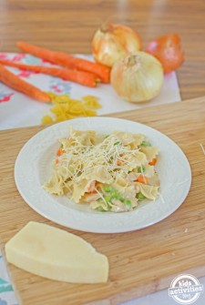 One Pot Creamy Alfredo with Spring Veggies