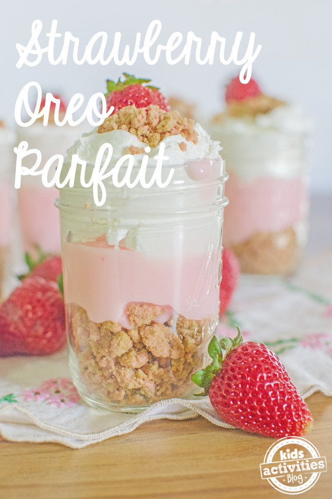 strawberry oreo parfait text