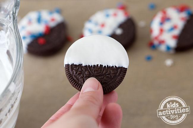 Patriotic Oreo Cookies