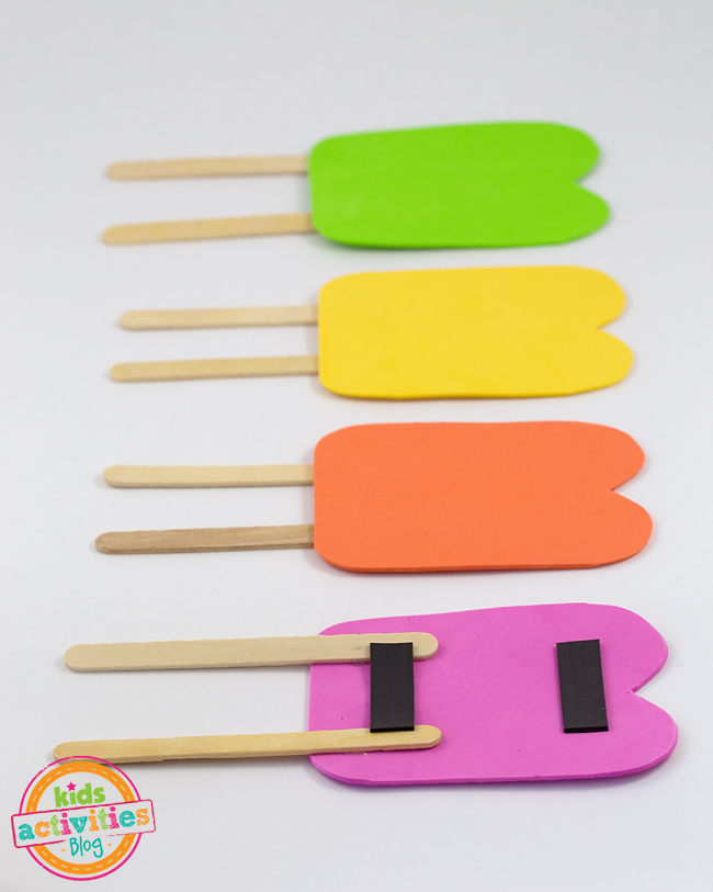 Foam Popsicles are a fun summer craft for kids!