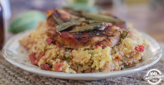 Slow Cooker Pork Chops With Spanish Rice