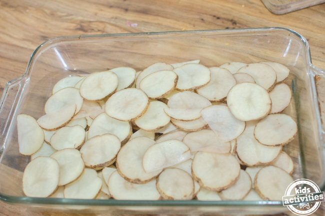 hamburger scalloped potatoes