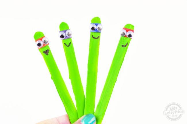 Teenage Mutant Ninja Turtle Stick Puppets2