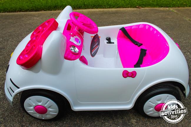 Hello Kitty Car 3