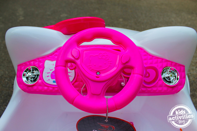 Hello Kitty Car 4