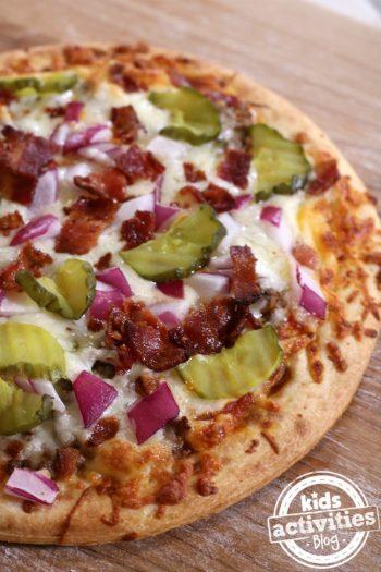 5 Easy Homemade Pizza Recipes
