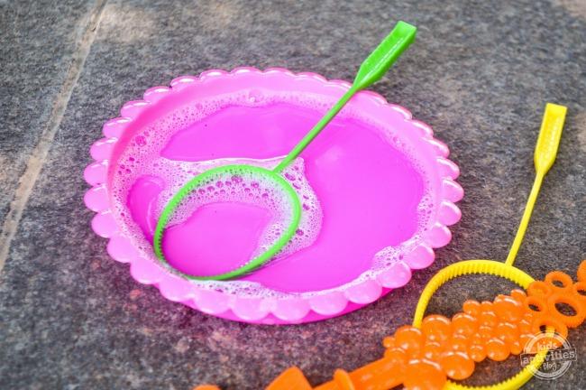 Homemade Bubbles Using Sugar step2