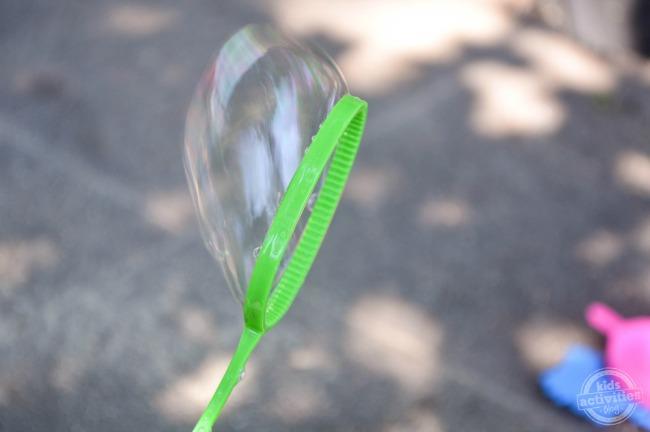 Homemade Bubbles Using Sugar step3