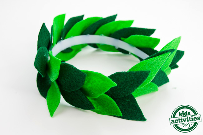 Diy laurel leaf crown for Laurel leaf crown template