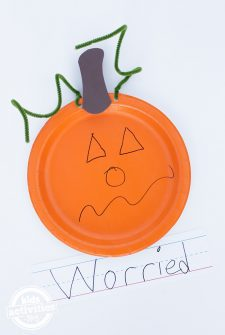 Easy Paper Plate Feelings Pumpkins